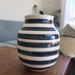 Flot Kähler-vase med grå striber