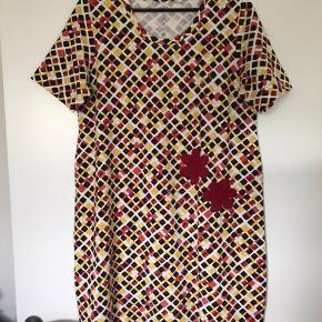 Super lækker blød kjole i bomulds Jersey.