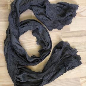 Rosemunde tørklæde