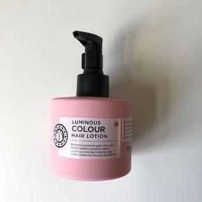 Maria Nila Palett Luminous Colour Hair Lotion 200 ml   Aldrig brugt eller åbnet. Bytter ikke :)