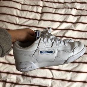 Ret nye Reebok sneakers   En stor 38 1/2   #30dayssellout