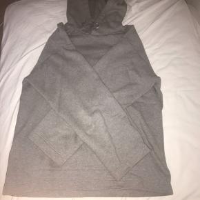 Acne studios florida face hoodie ss17 Oversized i str S Rigtig god stand Mp: 1000 kr Bin 1200 kr