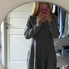 Muse Knitwear kjole