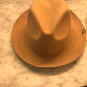 Don Paris hat - købt i Magasin