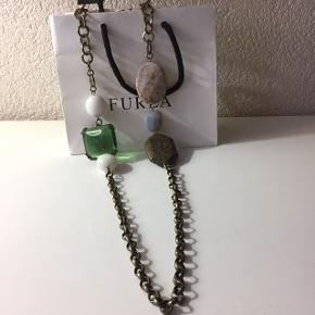 Furla, collier long, pierres naturelles.