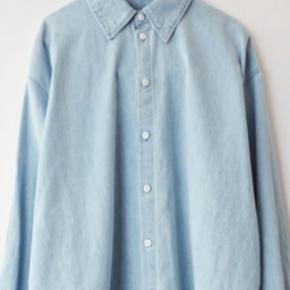 Den fedeste skjorte oversize fra Acne  Ny pris 2400kr