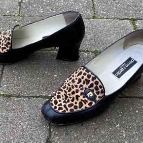 Pierre Cardin heels