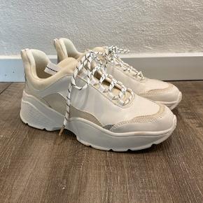 Super fede chunky sneakers. Aldrig brugt. 😊