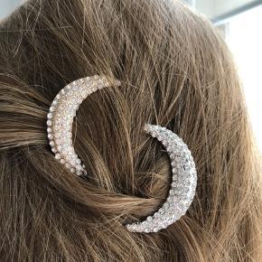 Måne-hårspænder (guld og sølv) 🌙