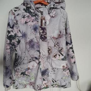Varetype: sommerjakke/overgangsjakke Farve: se billede Oprindelig købspris: 900 kr.