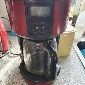 Flot og velholdt kaffemaskine sælges  Kører som den skal 🌞🌞🌞