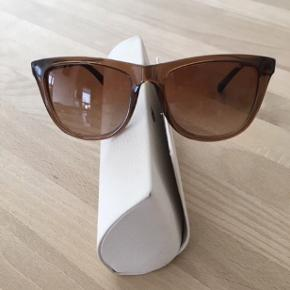 9ba22241e9e3 Sælger mine fed solbriller
