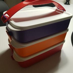 Sælger disse tre madksser fra Tupperware de kan sættes sammen eller bruges hver for sig