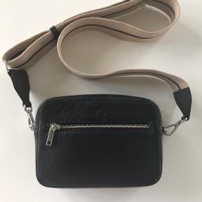 Fed taske - fået i gave men får den desværre ikke brugt
