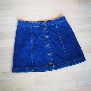 Mørkeblå denim / cowboy nederdel med knapper