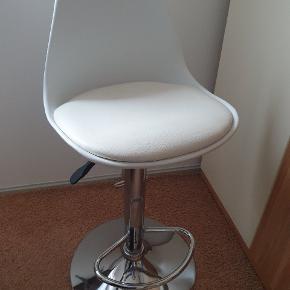 Sælger 2.stk barstole
