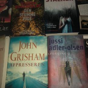 Nogle af bøgerne er lidt gamle men de er meget pæne tiltros deres alder.   Tænker 75 kr pr stk. men BYD endelig!