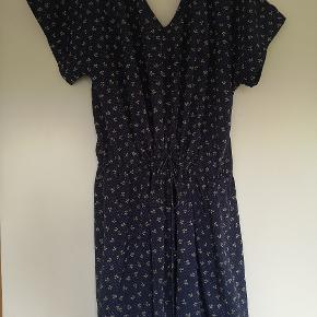 Suit kjole