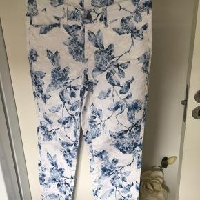 Skønne bukser med masser af stræk Mærke JQL