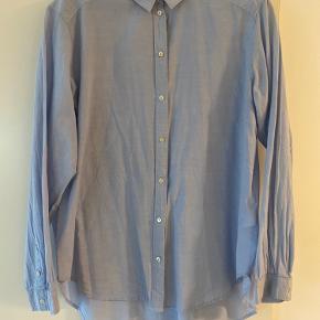 Bomuld skjorte i god stand :)