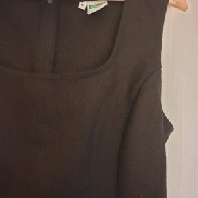 """Klassisk """"lille sort"""" kjole. En lille small."""