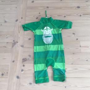 UV badetøj str 116 fra Danefæ