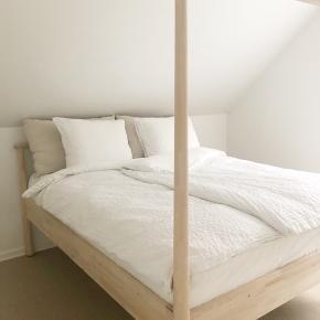 Ikea Nordli sengestel.   Måler 160 x 200.  Helt ny. Kun lige samlet.  Afhentes i Silkeborg
