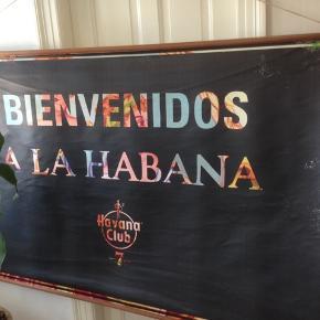 Havanna Club 7 plakat trykt på lærred med teak ophæng.  Unik plakat du ikke finder andre steder.  205 x 125 cm.
