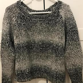 Varetype: Sweater Farve: foto