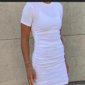 Trøjborg Lagersalg kjole