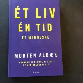 Et liv en tid et menneske af Morten Albæk Læst en enkelt gang 📚 Sender ikke.