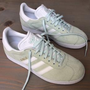 Adidas Gazelle sneakers. Farve: Ice mint Str.: 38 2/3.  Fejlkøb, aldrig brugt. Nypris: 649 kr.