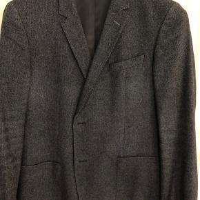 Blå blazer fra Tommy Hilfiger Tailored.  Str 56/XXL   BYD