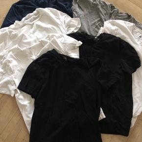 Basis t-shirts i str m. Betal for to og få den tredje gratis