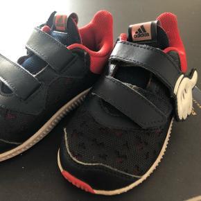 Adidas / Disney sneakers. Str.25.Afhentes i 6710 Sønderris