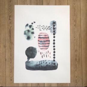 Sælger denne fine plakat i str. 50 x 70 cm. I smukke pastelfarver og abstrakt malet. Aldrig hængt op. Bemærk - Sendes med DAO (37 kr) eller afhentning ved Harald Jensens Plads, bytter ikke og sender ikke billeder med varen på ⭐️☺️  🌸 billede kunst ophæng
