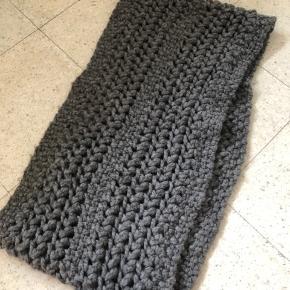 Stinne Gorell tørklæde