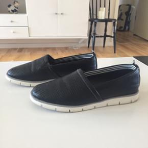 5th Avenue sko str 37, brugt en gang. 138 kr incl porto med dao