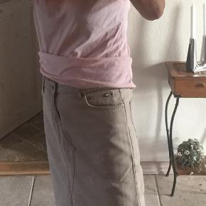 TH beige denim nederdel med slids i den ene side - str M