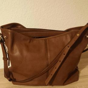 Sac à main marron en simili cuir, avec anses et bandoulière
