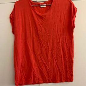 Fin aware t-shirt