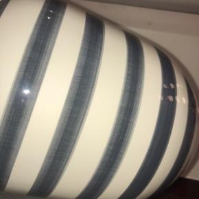 Kähler/ Kahler vase i grå blå farve.  Den store version!  Har aldrig haft den i brug, den har kun stået i et skab😄