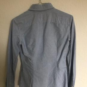 Fin Ralph Lauren skjorte i lyse blå Str. Xs