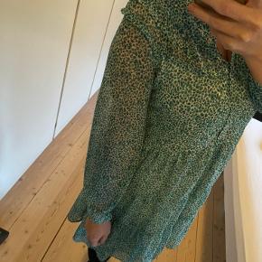 Fineste kjole fra Zara.