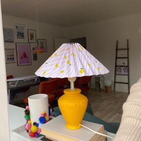 One Vintage bordlampe