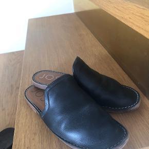 Joseph sandaler