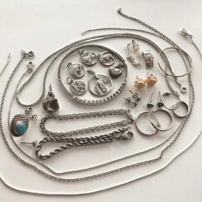 Forskellige sølv smykker. skriv ved interesse. tager gerne flere billeder ☺️