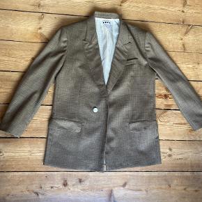 Hope andet jakkesæt