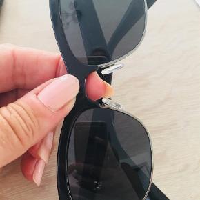 Solbriller Farve: Sort