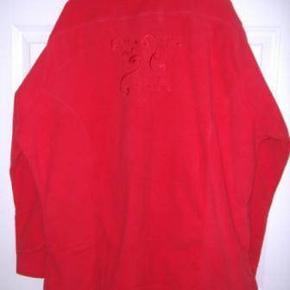 Dominique fleececardigan med lynlås str. L (48-50) -Rød - Aldrig brugt eller vasket Byd :-)
